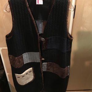 Woman's Sweater Vest Button Down Black Brown Cream